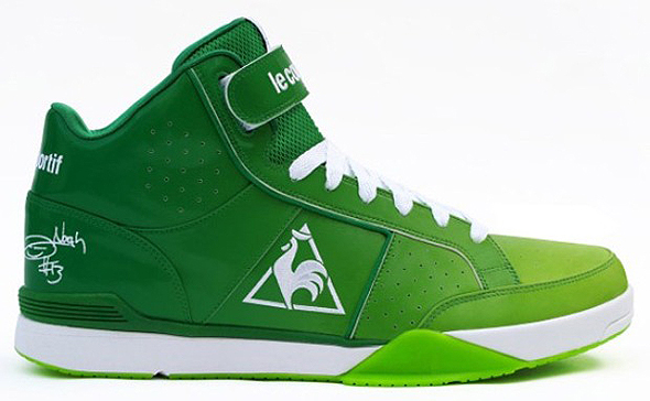 derrick rose shoes yellow. Derrick Rose#39;s adidas adiZero